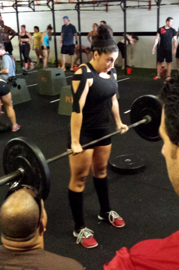 Kelsey deadlifting like. a. BOSS.