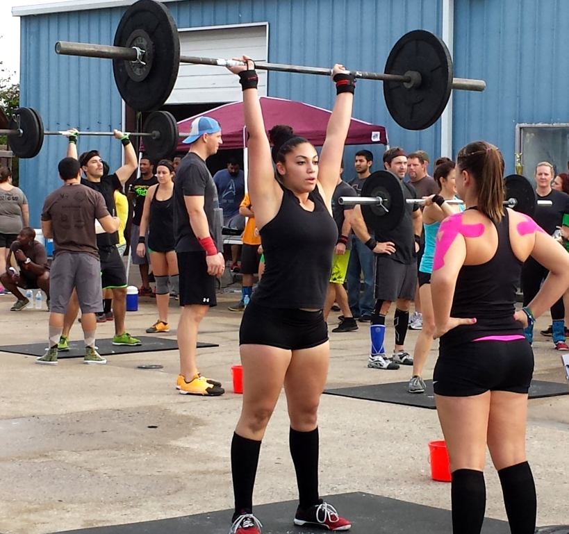 Kelsey looking exceptionally strong during her thrusters. She's one of my box heroes. :)